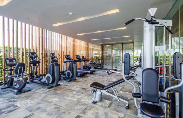 185-Rajadamri---gym---luxury-Bangkok-condo