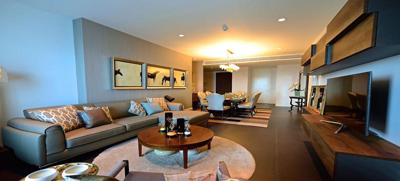 185-Rajadamri-Bangkok-condo-2-bedroom-photo-furnished-3